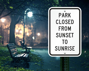 Park closed from sunset to sunrise sign